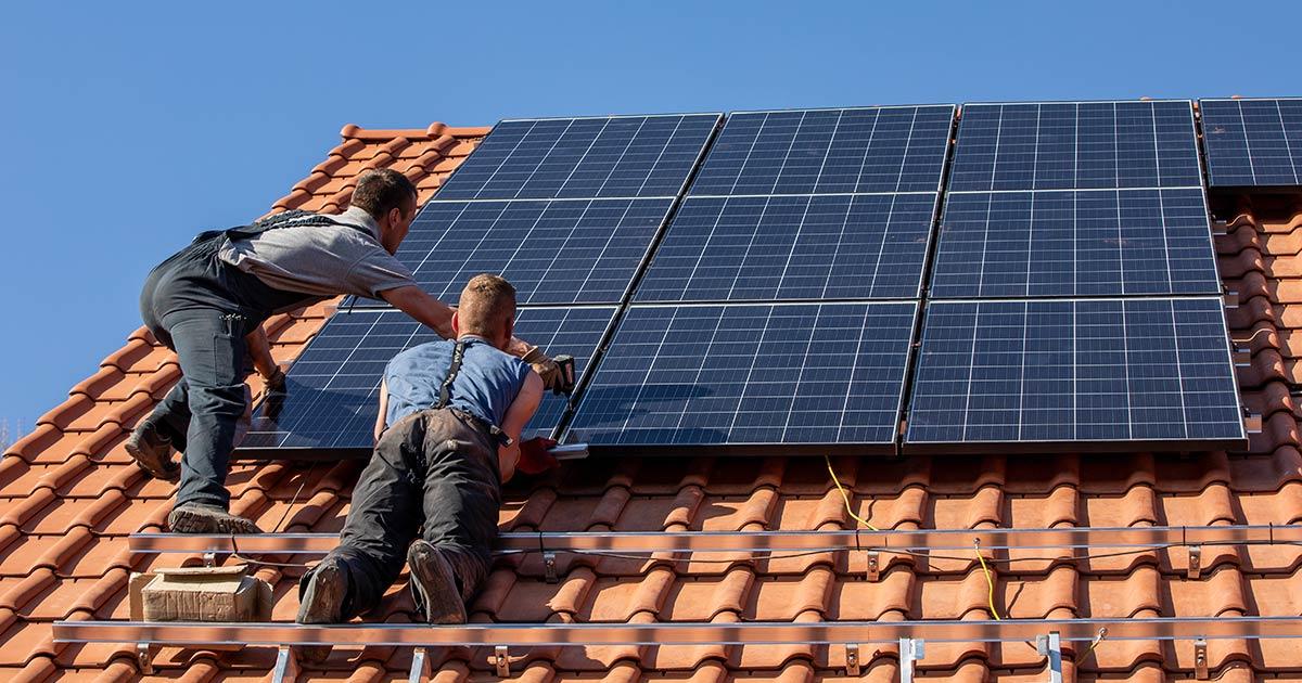 Dotazy o dotacích na sluneční elektrárny na rodinné domy