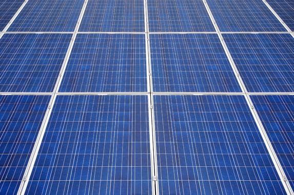 polykrystalicky_fotovoltaicky_panel_02
